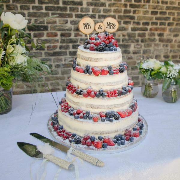 naked cake rood fruit Wedding Eve