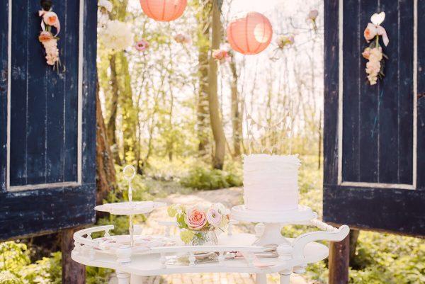 trouwen in een boomgaard