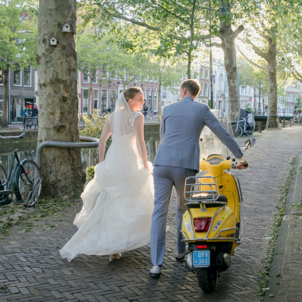 Vespa trouwvervoer