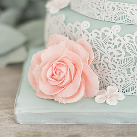 mint kleur bruidstaart met kant effect